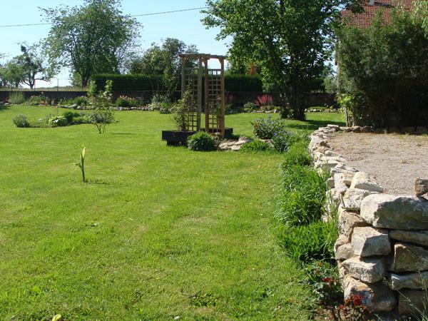 Chambres d h tes avec jardin haute sa ne terrain de - Terrain de petanque dans son jardin ...